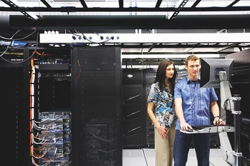 A Comparison of AC and DC Power Distribution in the Data Center