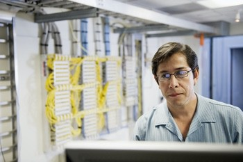 Fundamentals of Cabling Strategies for Data Centers